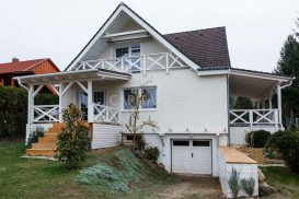 Family House - 3670